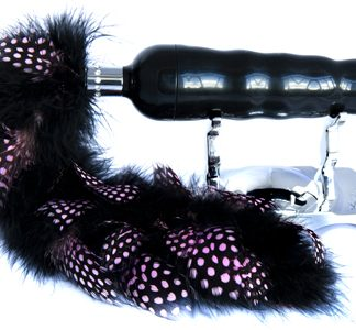 vibrador lujo con cola de plumas de marabu de SHIRI ZIN